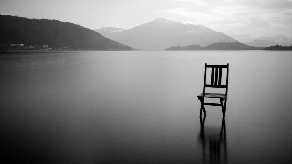 restare in silenzio