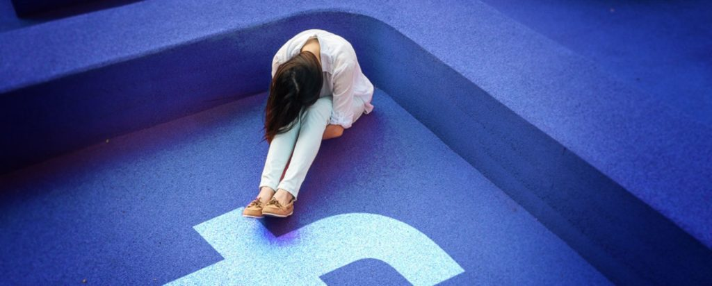 Facebook causa la depressione