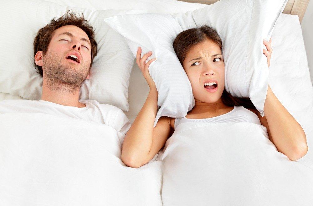 """Fare rumore mentre si dorme si chiama """"catatrenia"""""""