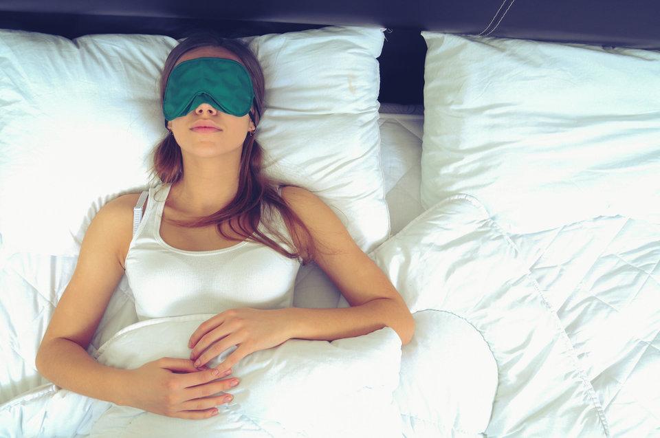 Le donne hanno più bisogno di dormire perché il loro cervello è più attivo