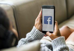effetti di facebook autostima