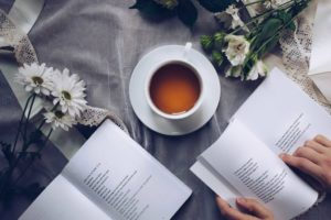 leggere poesie